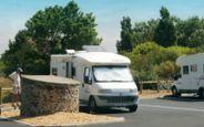 Accueil camping-cars Les Plesses - Aire de Services - Le Château